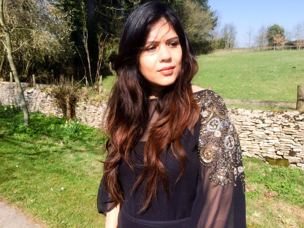 asian fashion blog Raishma london kaftan